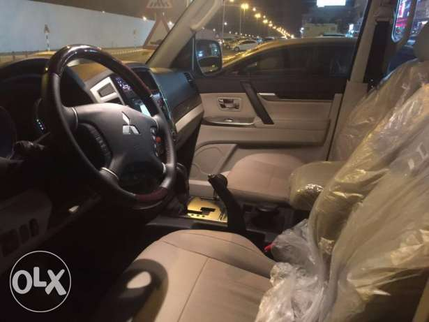 4*4 Pajero Luxury Car in muscat for daily rent Luxury car مسقط -  4