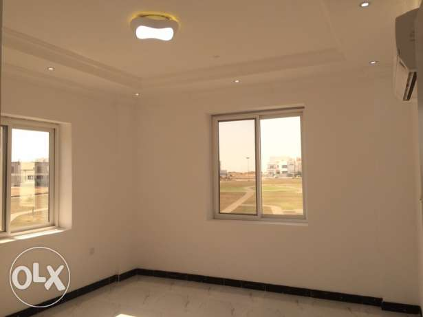 Nice 2BHK Apartment in Ansab ‏Maintenance team available ‏Open Plan l مسقط -  3