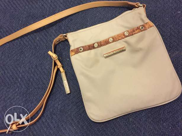 Tommy Hilfiger cross bag