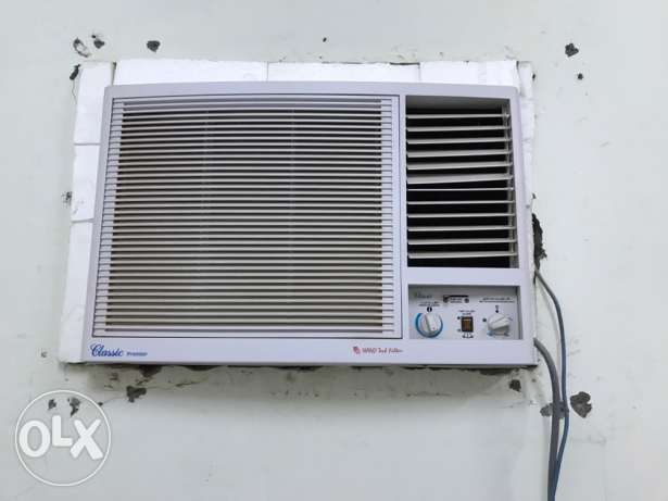 CLASSIC WINDOW AC good condition 5month use