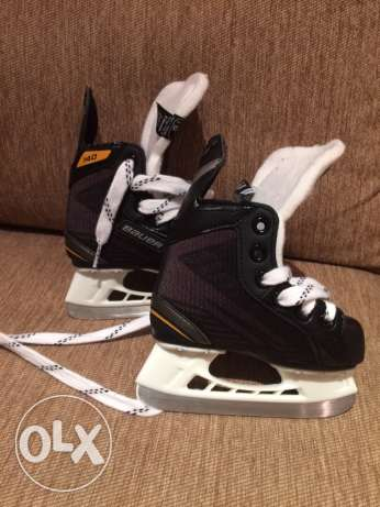 Ice Skates - 2 to 3 yr old child مسقط -  1