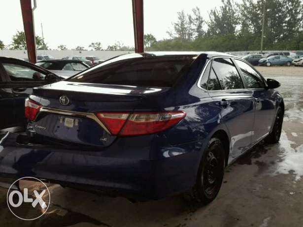 2015 Toyota Camry LE/X