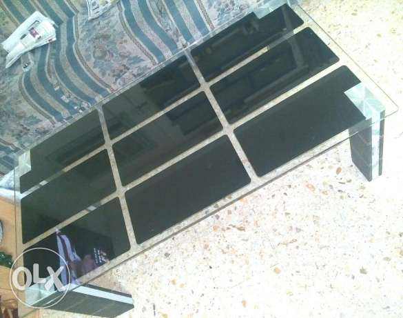 Urgent Sale - centre Table مسقط -  5