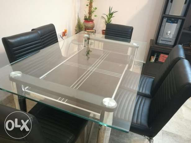 Dining table with 6 chairs. Negotiable. مسقط -  3