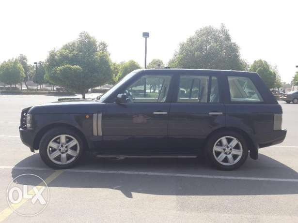RANGE ROVER HSE 2005 All service with the dealer Oman MHD very clean السيب -  4