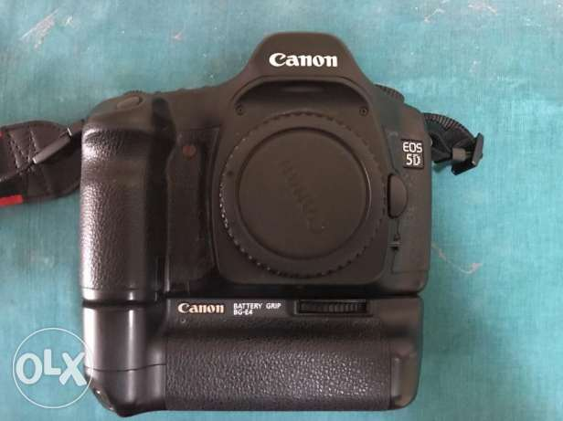 Canon EOS 5D 12.8MP Digital SLR Camera