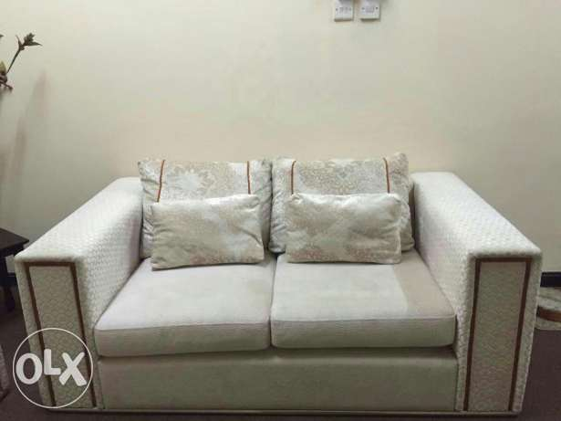 Sofa set (3+2+2) bought from home centre ( in excellent condition) مسقط -  3