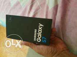 Sale galexy S7 warrenty box all