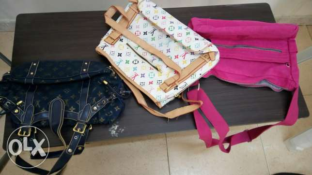 Women hand bags for sale