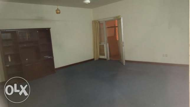 flat 2bedroom for rent in ruwi مسقط -  3