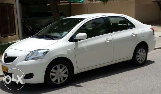 Toyota -Yaris, Automatic transmission, low mileage, Fancy number