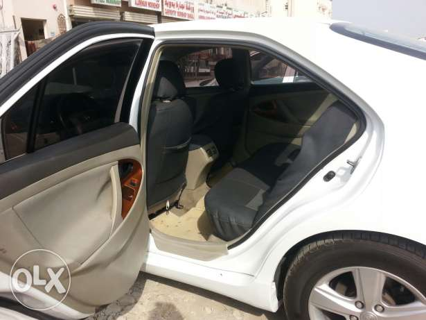 Toyota camry 2009 model. price 2000 or slightly negotiatabl السيب -  2