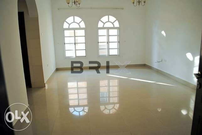 Ghubra North - 2 Bedroom Apartment with Maid's Room For Rent مسقط -  3
