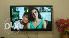 Sony bravia LED tv 32' in good condition