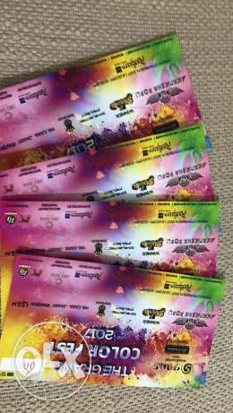 Selling tickets for The Grand Color Festival at Robinson Blu