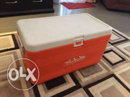 Coolbox / Ice Box - 70 Liter (perfect condition)