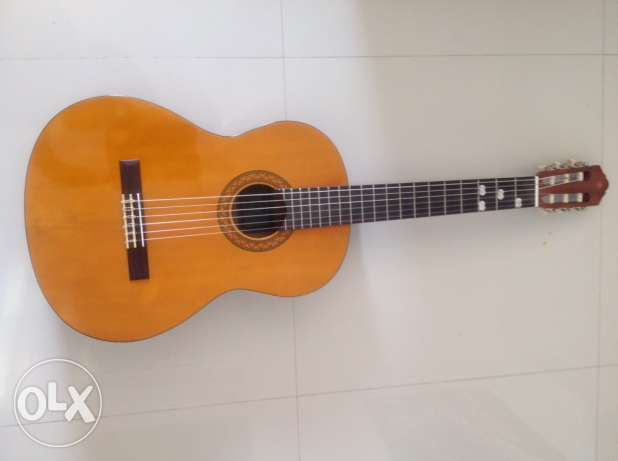 Yamaha classic guitar used only 3-4 times