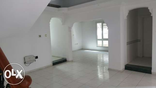 3bhk nice villa for rent in azaiba Near Al fair