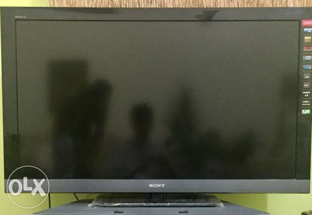 "46""sony bravia lcd tv full HD"