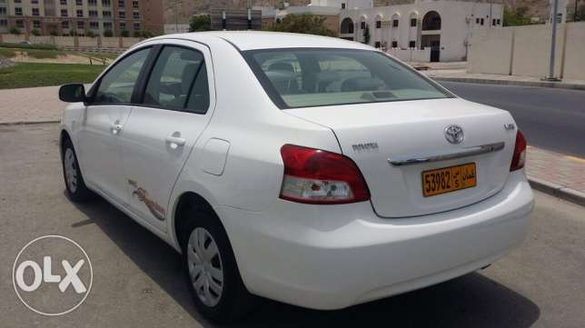 2011 Toyota Yaris 1.3 (Agency maintained) مسقط -  5