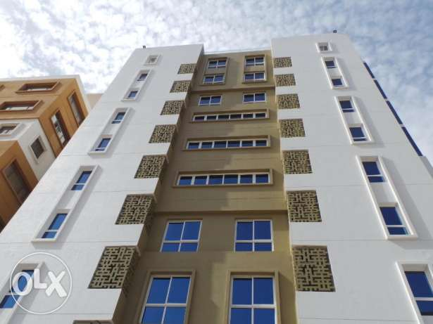 1 BHK & 2 BHK Apartments with 1 Month Rent Free Grace مسقط -  8