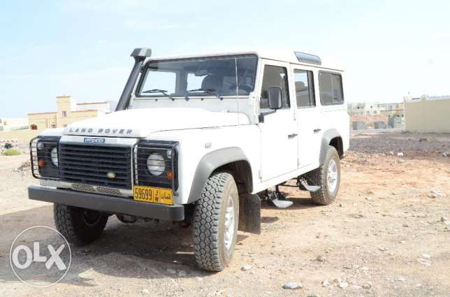 2009 Land Rover Defender 110 Expat Owned Built For Oman Adventuring نزوى -  3