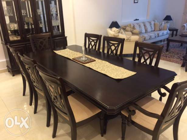8 Seater Dinning Table with Buffet (Solid Wood) مسقط -  2