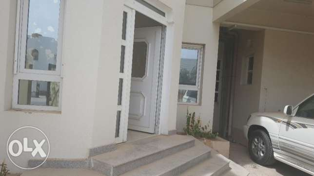 villa for rent in al ghobra opposit of chedi hotel بوشر -  2