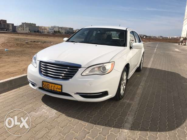 Chrysler 2013 C200 under warranty low mileage مسقط -  3