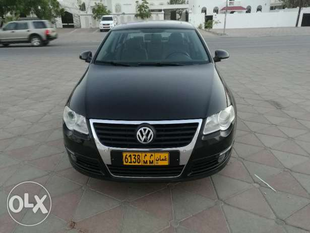 Volkswagen passat model 2009 in excellent condition