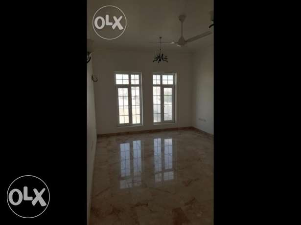 4 bhk with swimming pool brand new villa in azaiba for rent مسقط -  1