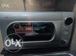 Daewoo microwave oven and grill