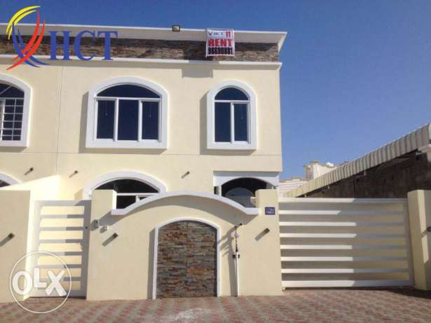 Brand NEW villa for rent in Mawaleh South
