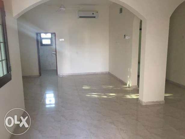 villa for rent in al ansab phase 4 بوشر -  2