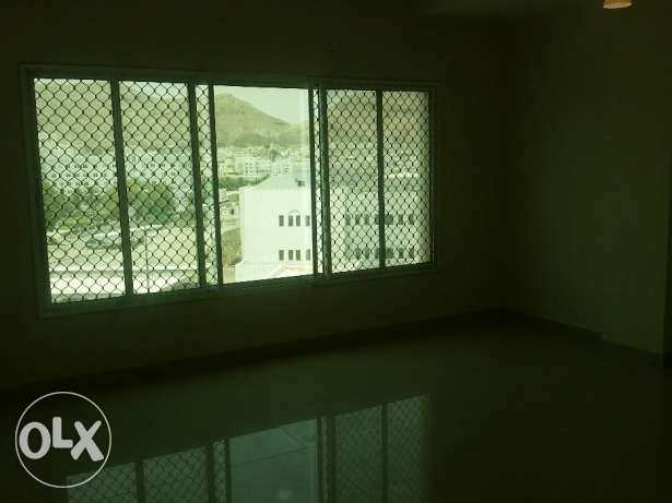 Nice Apartment For Rent in After LU LU Center Darsit مسقط -  5