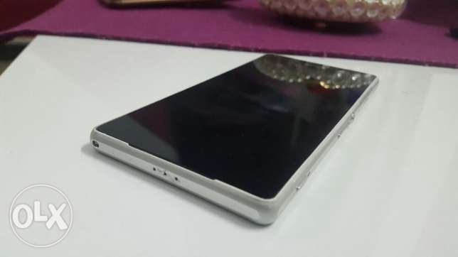 Sony z2 super condition