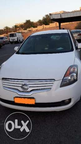 Nissan Altima 2.5 petrol very good condition (expat owned) مسقط -  1