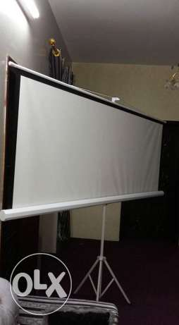 """100""""4:3 TRIPOD compact portable projector screen projection matte whit"""