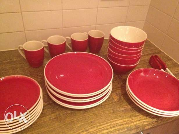 Dinner set ,48 pieces,little used,for sale. مسقط -  2