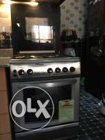 4 burner Cooking range with baking oven