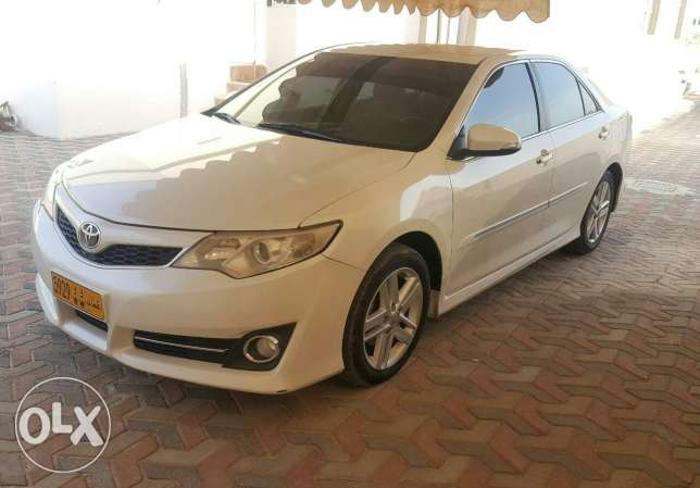 Camry very clean 2013 SE