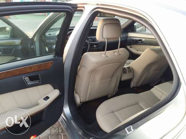 Mercedes E 350 very clean model 2011 بوشر -  7