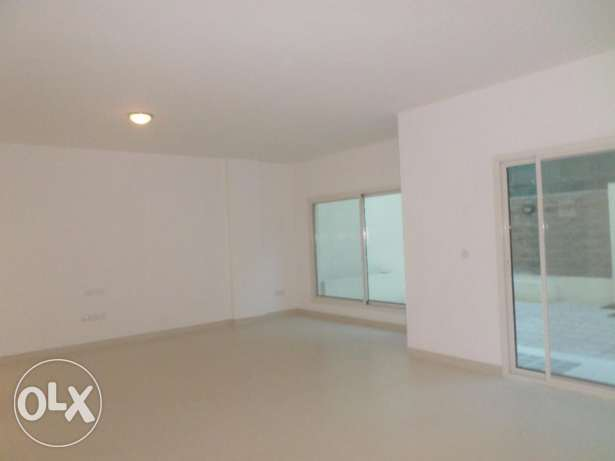 Compound Luxury Townhouse in Muna Heights مسقط -  1