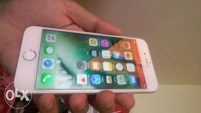 Apple iPhone 6s 128 gb like new condition 100% clean
