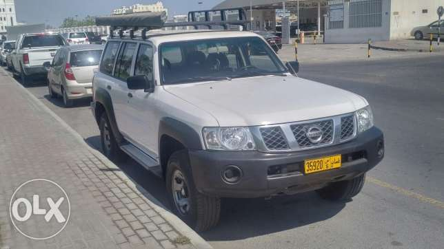 Nissan patrol 4800 S with large roof rack and 3x3m awning بوشر -  2