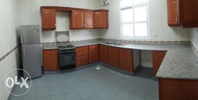 KK 411 Villa 3 BHK in South Mawaleh for Rent مسقط -  3