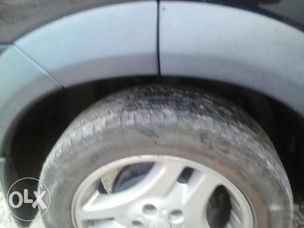 5 tires with rim مسقط -  6