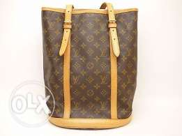 Not to be missed! Louis Vuitton GM Bucket Bag