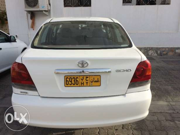 Toyota Echo 2003 model white excellent condition 145,000km single expa