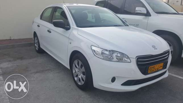 Peugeot 301 - model 2013 fully automatic running only 39000km